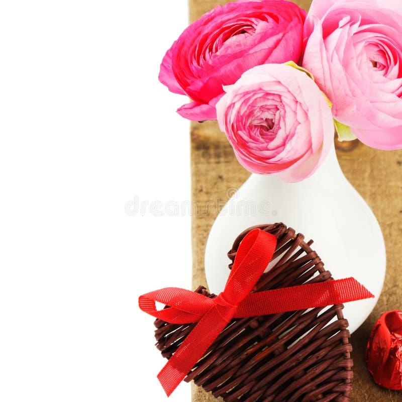Świeże różowe peonie w wazie obraz stock
