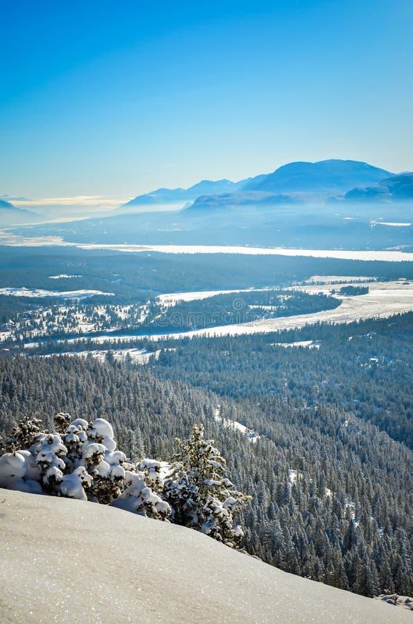 Świeży śnieg na góry Swansea kolumbiach brytyjska Kanada zdjęcia royalty free