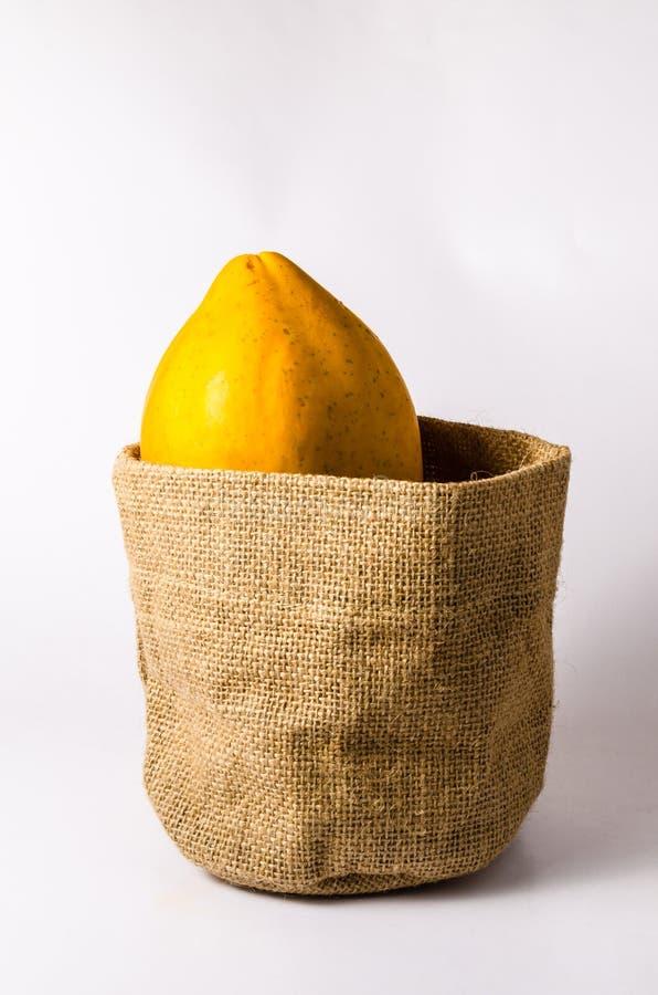 Download świeży żółty Melonowiec Z Workową Torbą Zdjęcie Stock - Obraz złożonej z pomarańcze, cukierki: 53788220