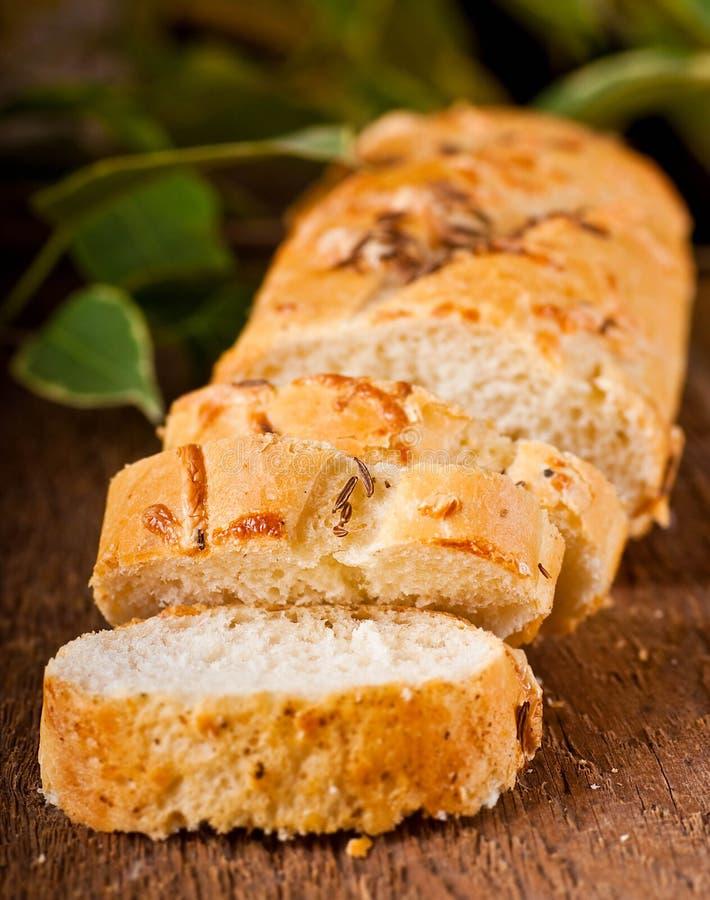 Download Świeży chleb obraz stock. Obraz złożonej z biały, ciasto - 28973135