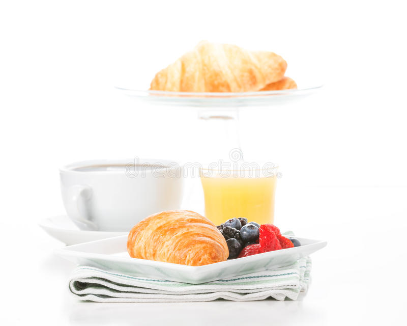 Świeży Croissant i owoc obraz royalty free
