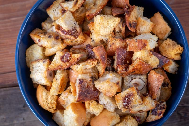 Świeży Domowej roboty chleba crouton zdjęcia stock