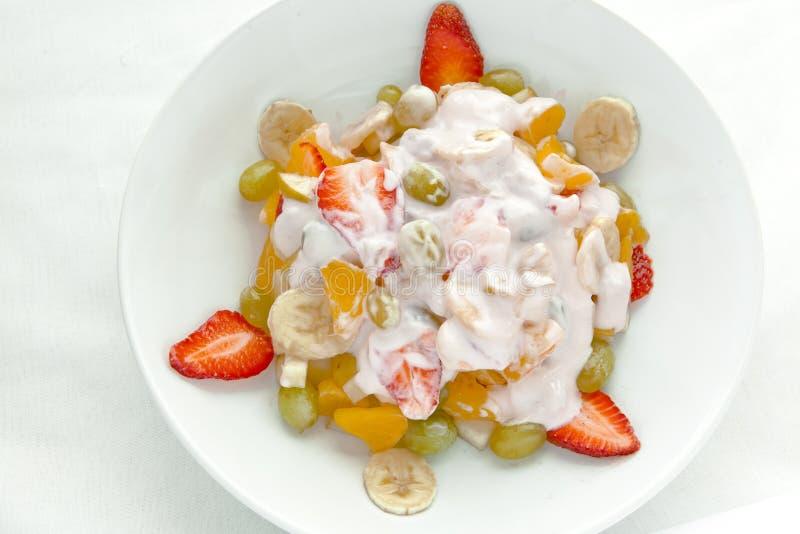 świeży owocowej sałatki jogurt fotografia royalty free