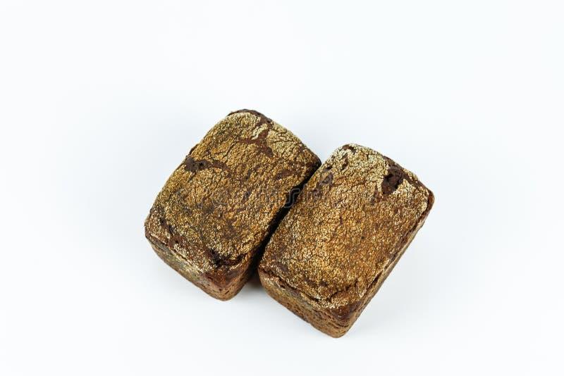 Świeży piec dwa bochenek chleb na białym tle zdjęcia royalty free