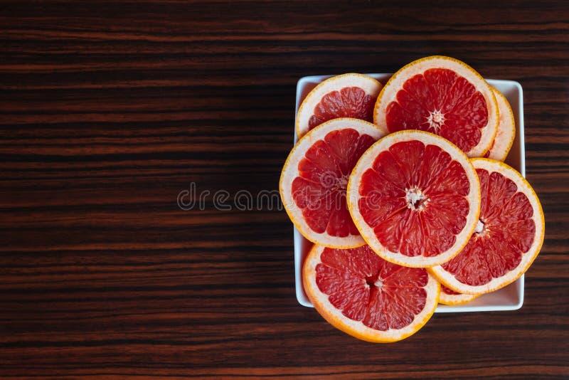 Świeży pokrojony grapefruitowy zdjęcia royalty free