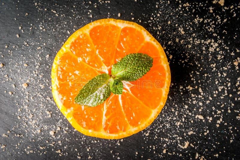 Świeży pokrojony tangerin obraz stock