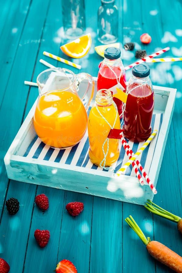 Świeży zdrowy domowej roboty owocowy sok fotografia royalty free