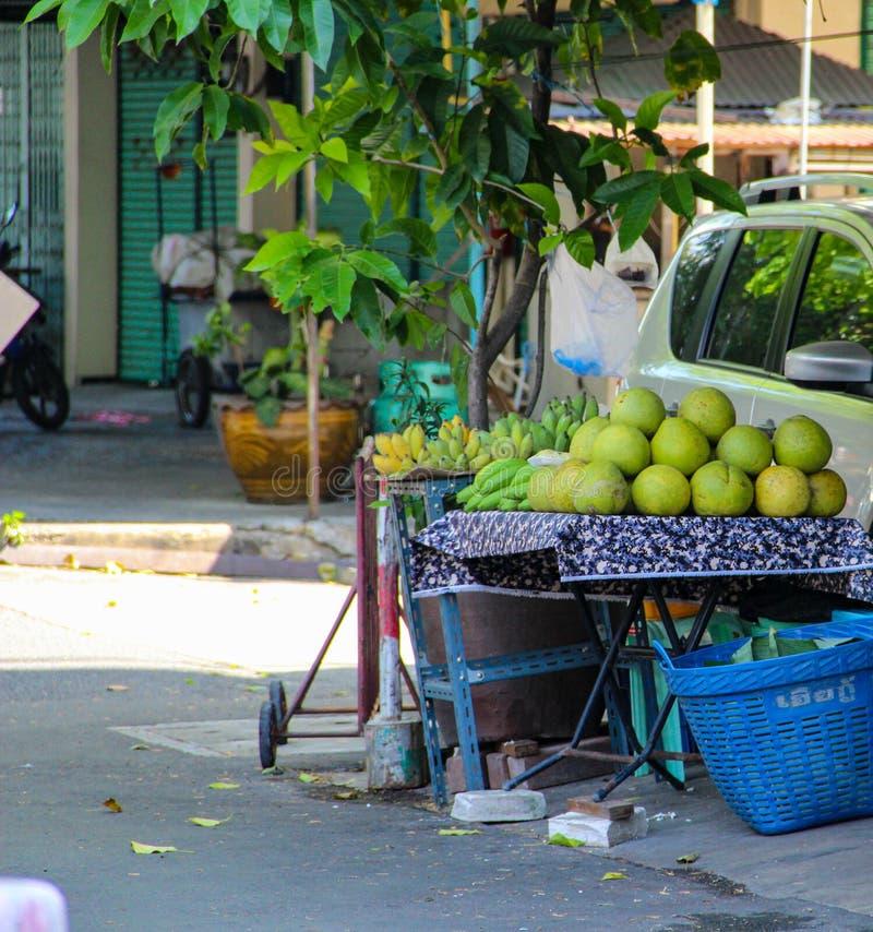 Świeży zielony kokosowy owocowy Bangkok, Tajlandia, Kuala Lumpur, Malezja obrazy stock