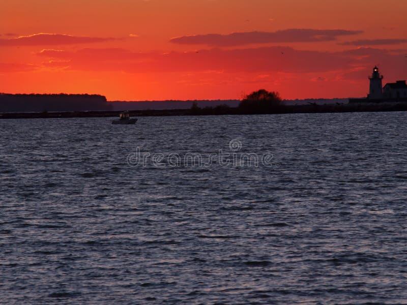świeci na jezioro erie czerwony zdjęcie royalty free