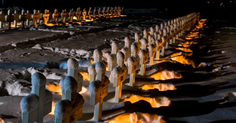 Świeczka zaświecający wojenny pomnik fotografia stock