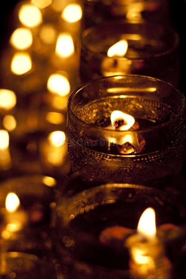świeczki świętowania dzień wesak obraz stock
