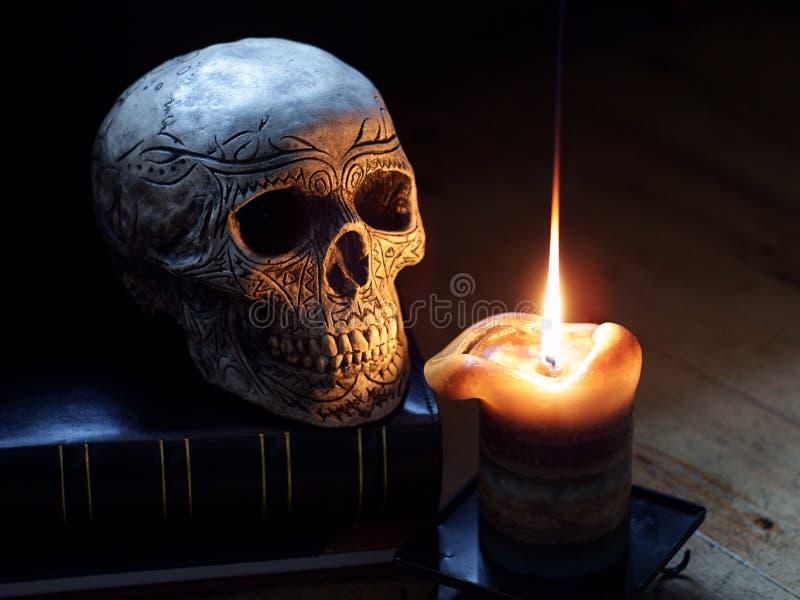 świeczki czaszka fotografia royalty free