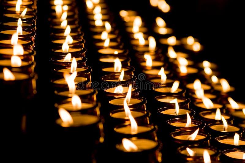 świeczki kościół światło obraz stock