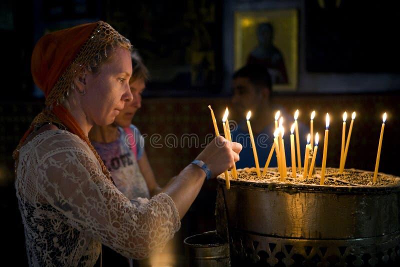 Świeczki kościół narodzenia jezusa obraz stock