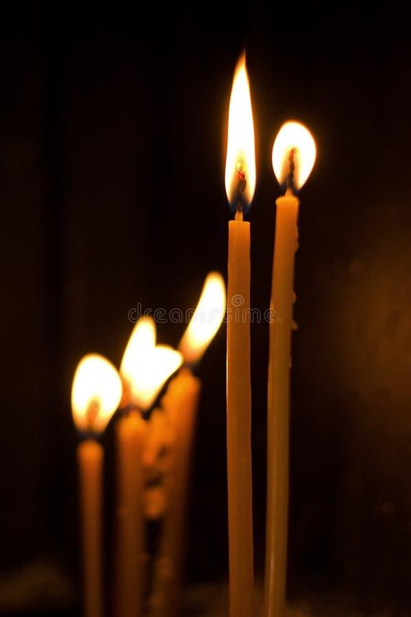 świeczki kościelne zdjęcie royalty free