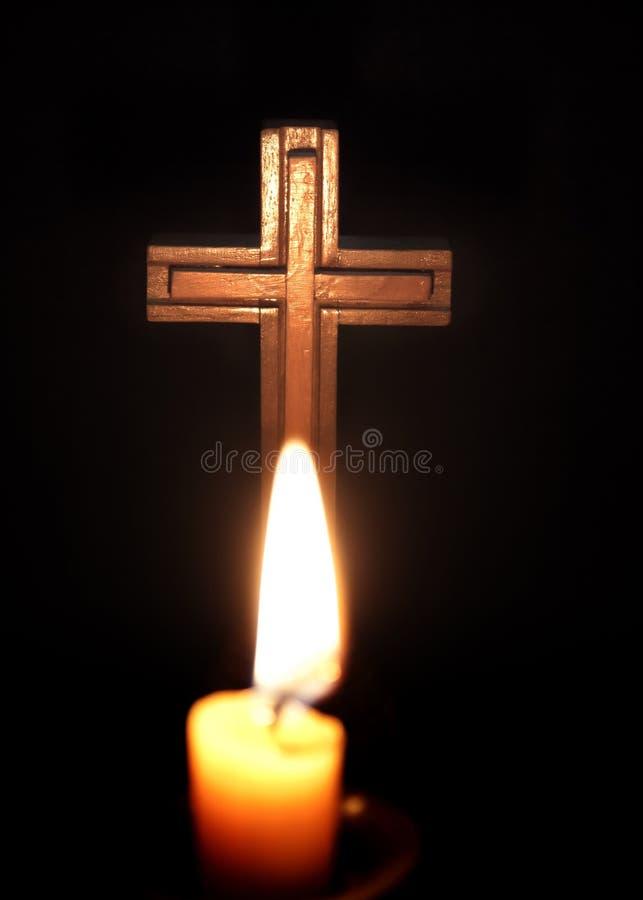 świeczki krzyż obrazy stock