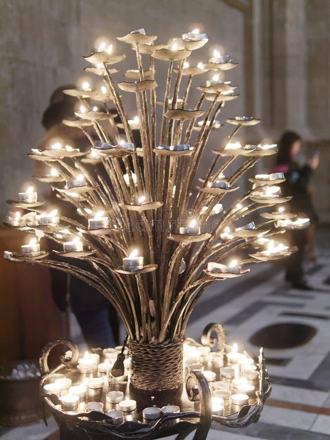Świeczki w duomo migotaniu brać w Florencja obraz stock