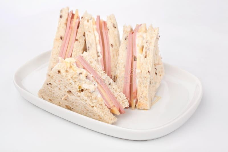 Świetlicowe kanapki z baleronem i serem obrazy stock
