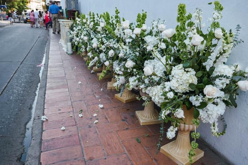 Świezi kwiaty w ulicach zdjęcia royalty free