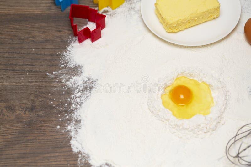 Świezi naturalni składniki dla piec domowej roboty ciastko zdjęcia royalty free
