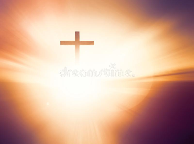 ŠTomb del ¼ di Jesus Christ Birth Death Resurrection Conceptï vuoto con crocifissione ad alba fotografia stock