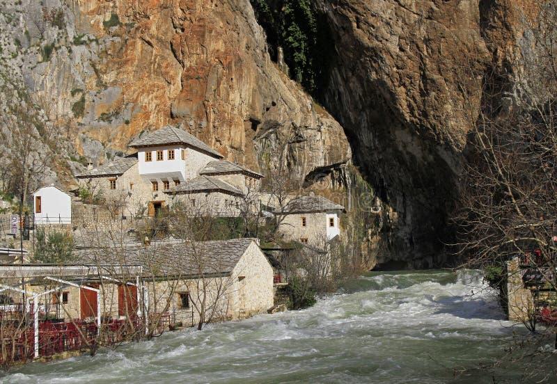 Źródło Buna rzeka w mieście Blagaj zdjęcie stock
