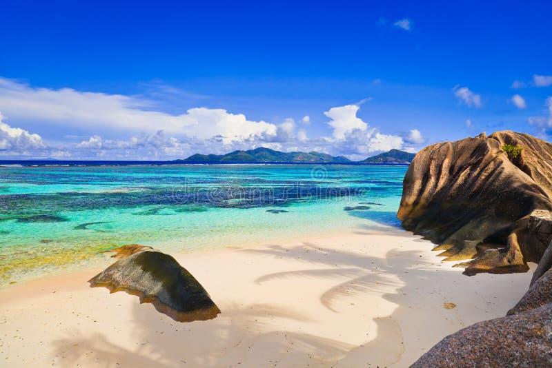 źródło plażowy d Seychelles źródło zdjęcie stock
