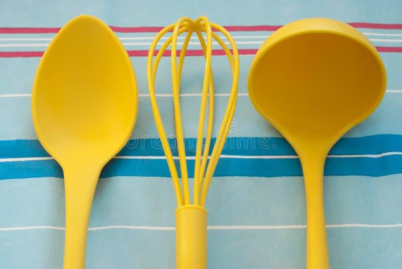 Żółci kuchni narzędzia obraz stock