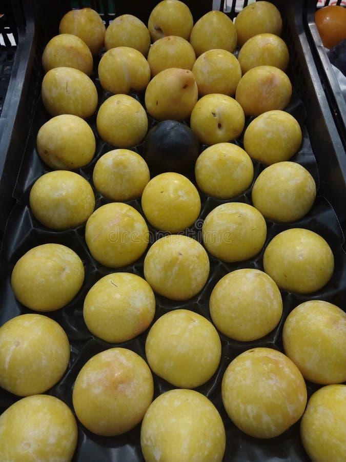 Żółty jabłko fotografia stock