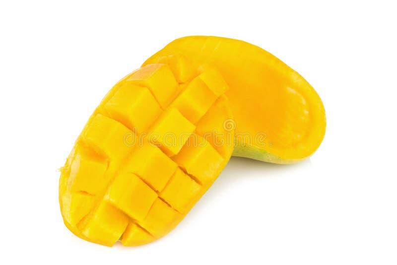 Żółty mango plasterek sześcian pojedynczy białe tło obrazy royalty free