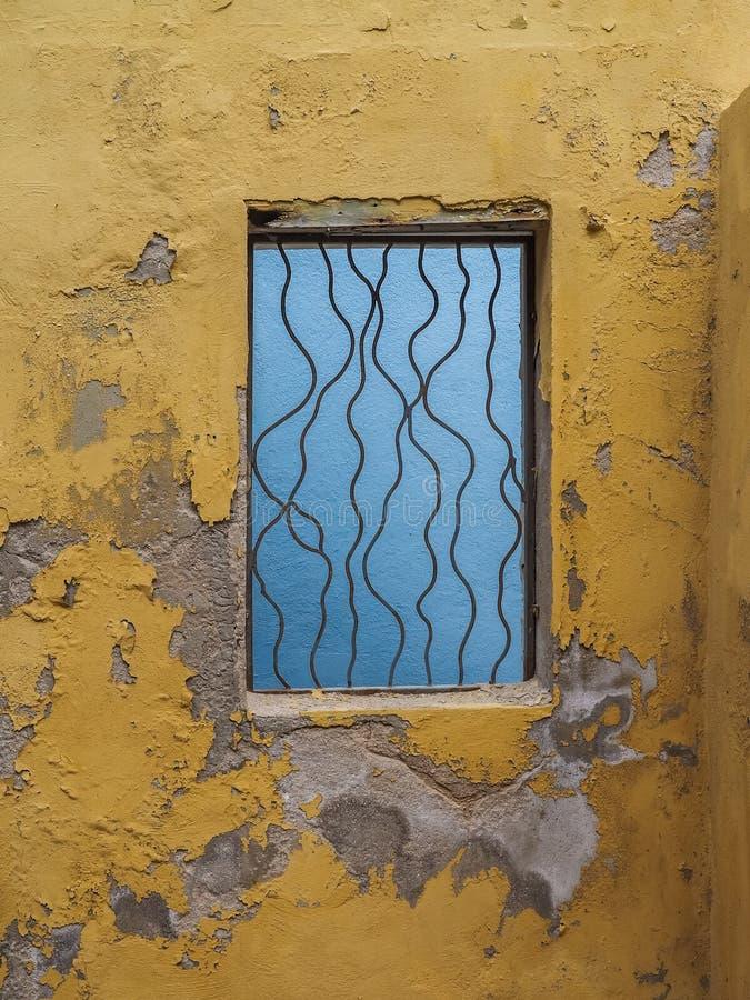 Żółty okno - Petermaai Curacao Gromadzcy widoki obrazy royalty free