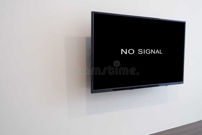 Żadny sygnałowy znak na telewizja ekranie w żywym pokoju zdjęcie stock