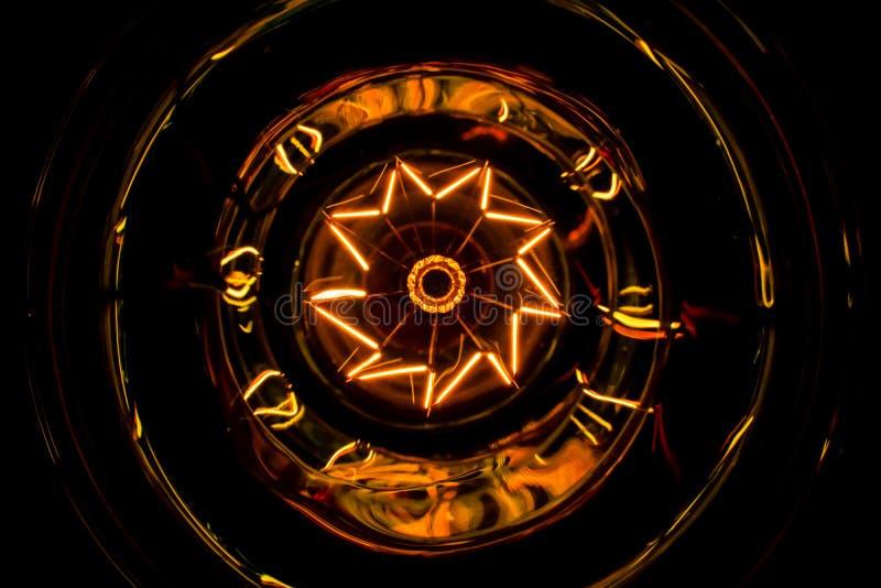 Żarówki płonący dekoracyjny Piękny strzał z góry obraz stock
