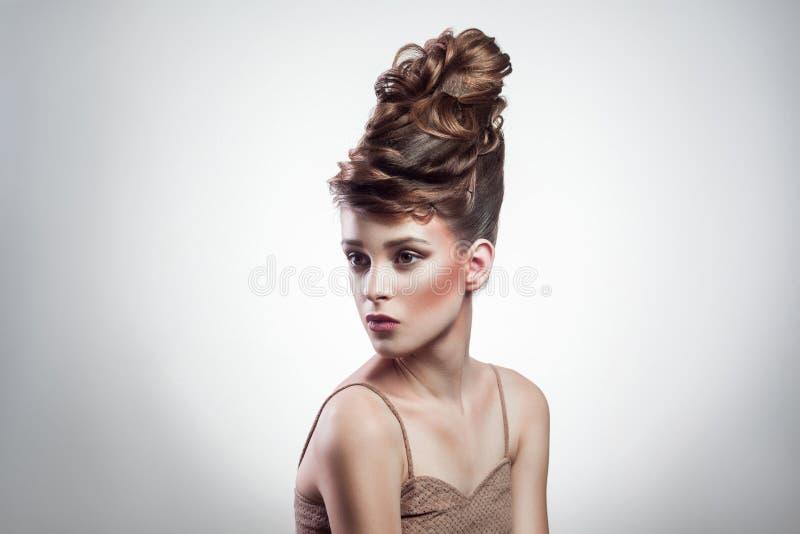 Żeński makeup piękno, fryzura i zdjęcia stock