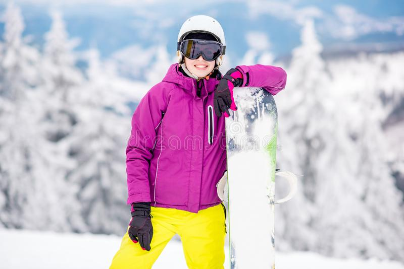 Żeński snowboarder portret outdoors zdjęcia royalty free