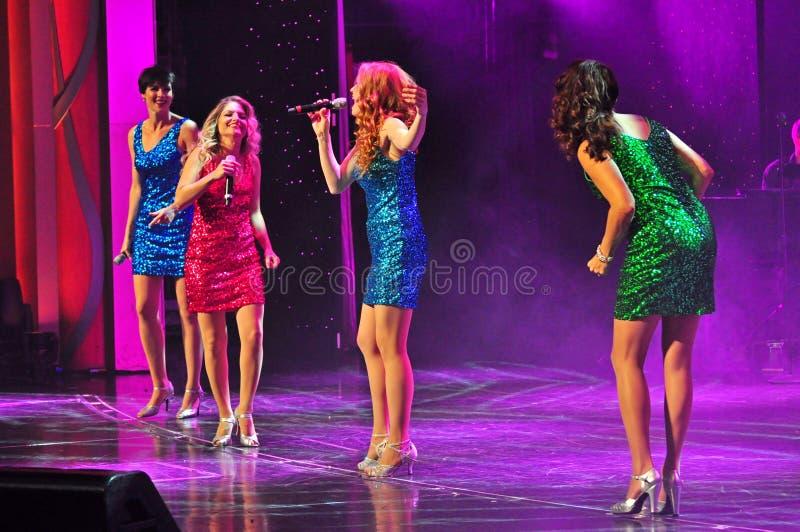 Żeńskich piosenkarzów grupa zdjęcia stock