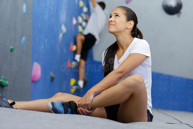 ?e?skiej atlety cierpienia formy uraz kostki obraz royalty free