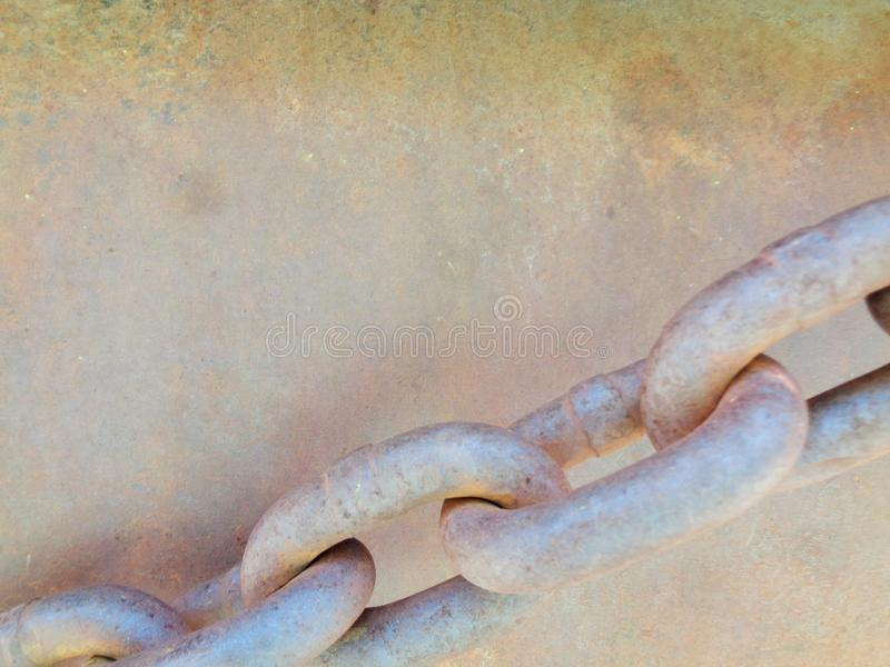 Żelazny łańcuch Przeciw żelazo talerzowi Stara Kopalniana fura zdjęcie royalty free