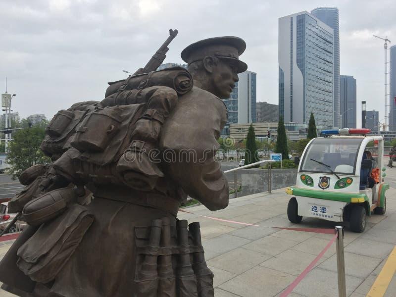Żołnierze i egzekwowanie prawa nadzór bateryjni samochody rzeźbią zdjęcia royalty free