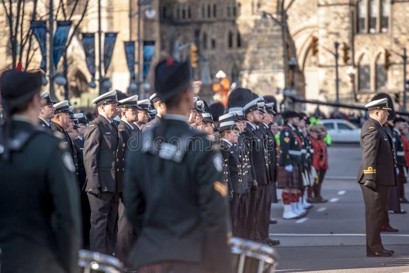?o?nierze od Kanadyjskiego wojska, m??czyzn i kobiet od Kr obrazy stock
