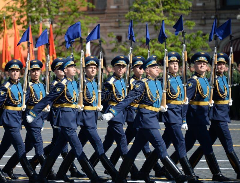 Żołnierze strażnik honor oddzielny Commandant ` s transfiguraci pułk przy militarną paradą na cześć zwycięzcę zdjęcia royalty free