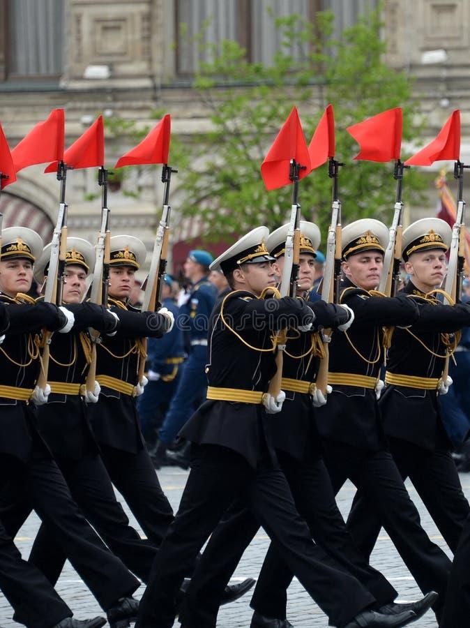 Żołnierze strażnik honor oddzielny commandant ` s transfiguraci pułk przy próbą zwycięstwo Paradują zdjęcie royalty free