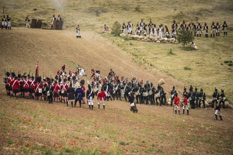 Żołnierze walczy w okopach obraz stock