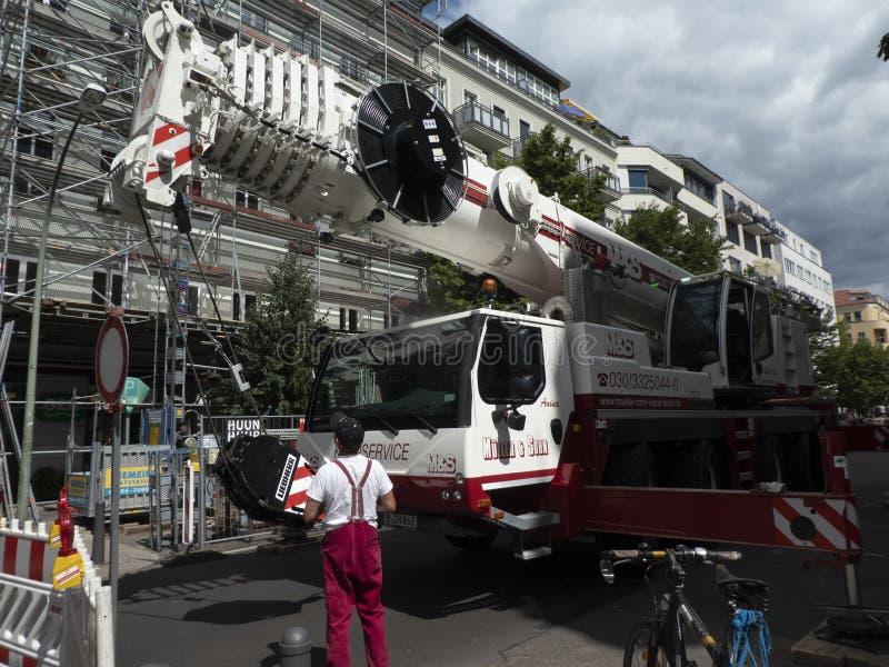 Żuraw usługa ciężarówka obrazy royalty free