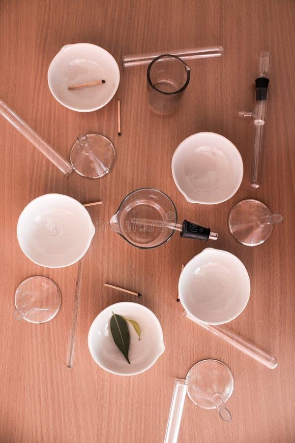 Życie substancji chemicznej laboranckie kolby i próbne tubki obraz stock