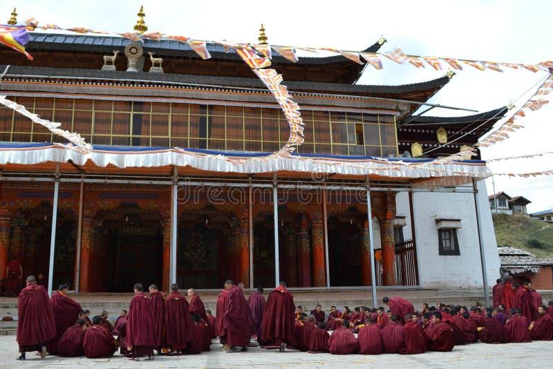 Życie wokoło Kirti Gompa monasteru w Langmusi, Amdo Tybet, C zdjęcie stock