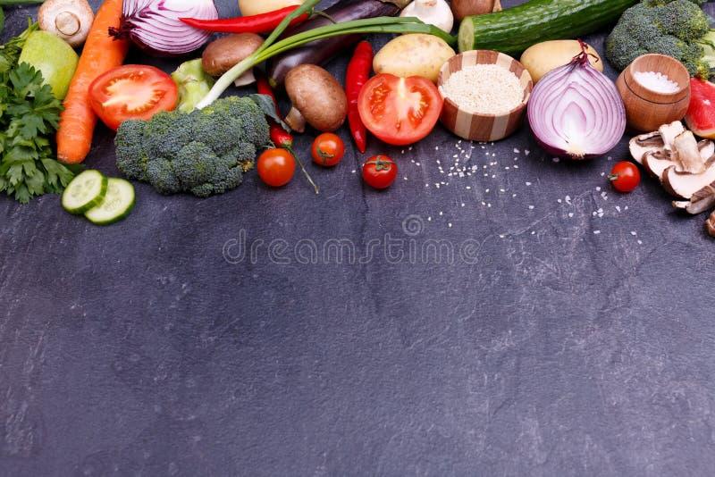 Życzliwi warzywa i ziarna zdjęcie royalty free