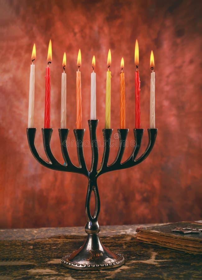 Żydowscy wakacyjni hannukah symbole - menorah obrazy royalty free