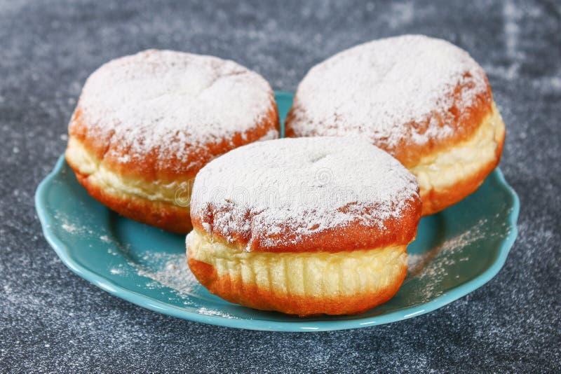 Żydowski wakacyjny Hanukkah i swój atrybuty - donuts fotografia stock