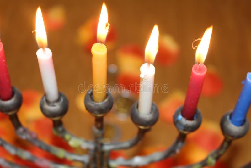Żydowskiego festiwalu świateł Hanukkah menorah wakacyjne świeczki fotografia royalty free